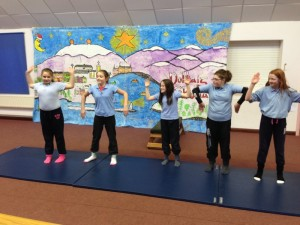 Gymnastic Routines (17)
